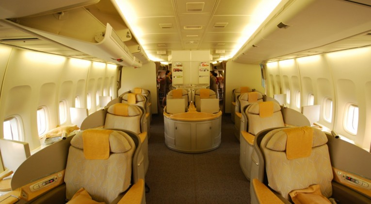 Asiana First Class Cabin på Boeing 747-400 combi