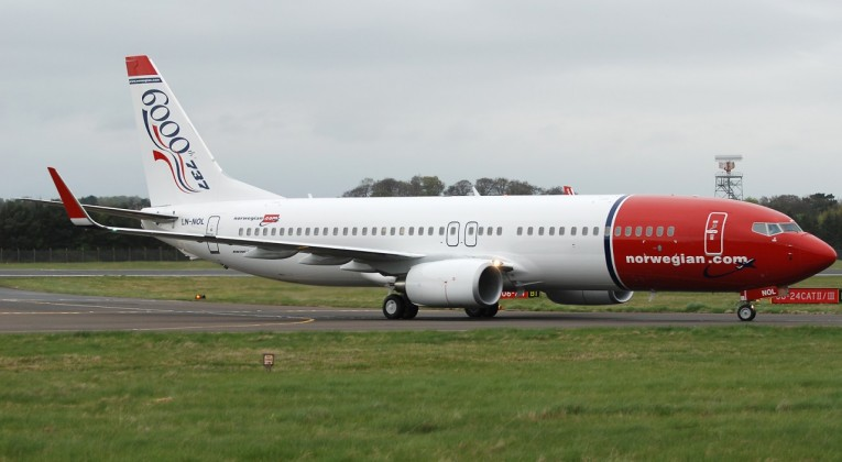 Norwegian 737