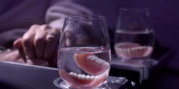 Air NZ video teeth