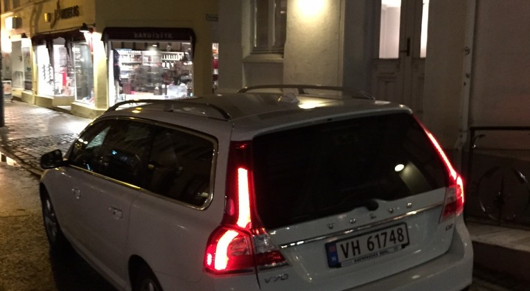 Volvo V70 bak venstre