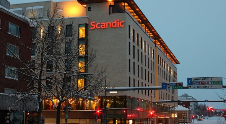 1280px-Hotel_Scandic_Oulu_20100227