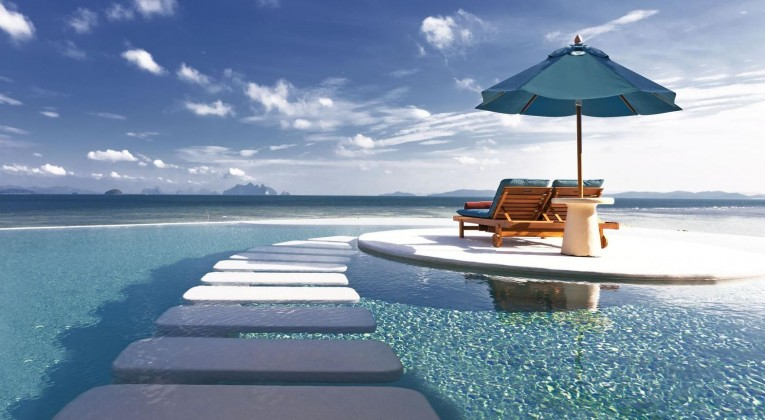 Royal Horizon Pool Villa