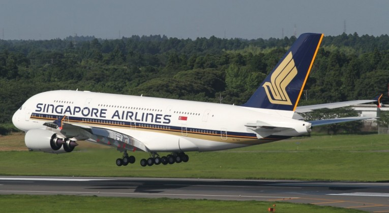 Singapore_Airlines_A380 (Large)