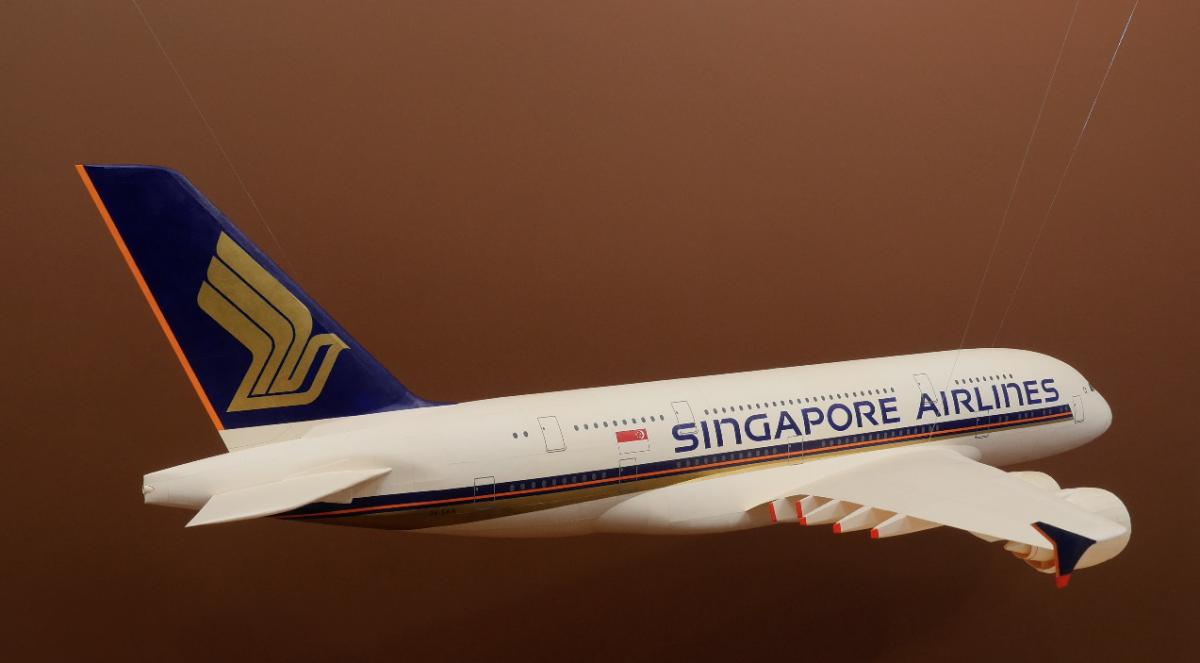 Plane Still 2