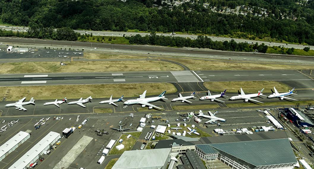 Boeing 100 2