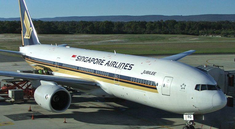 singapore-jakarta-b777-200