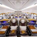 Reisende på Business og First, får låne nettbrett/datamaskin hos Emirates.