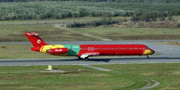Norwegian leier inn MD83 fra DAT