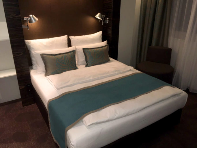 vi tester hotel hamburg am michel motel one insideflyer no. Black Bedroom Furniture Sets. Home Design Ideas