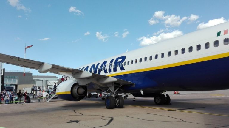 Ryanair endrer håndbagasjereglene