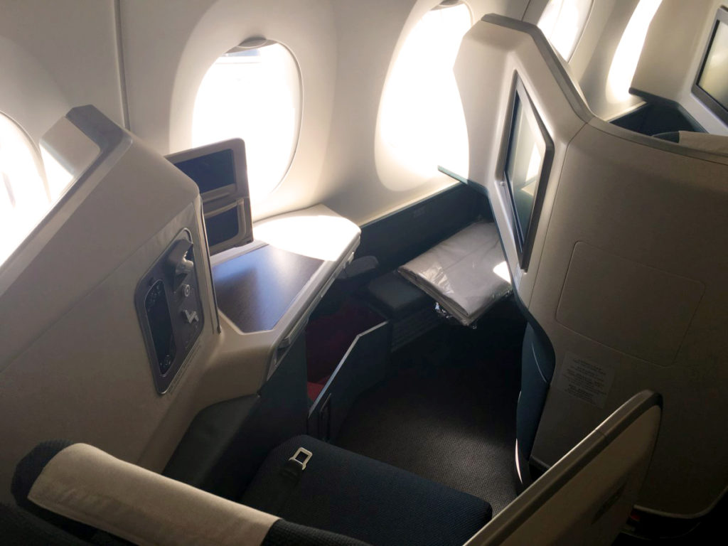 Cathay Pacific Airbus A350-900 Business Class