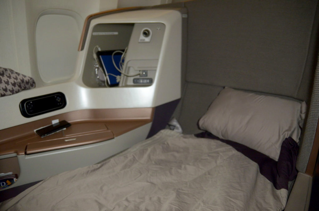 Singapore Airlines Business Class-sete som seng