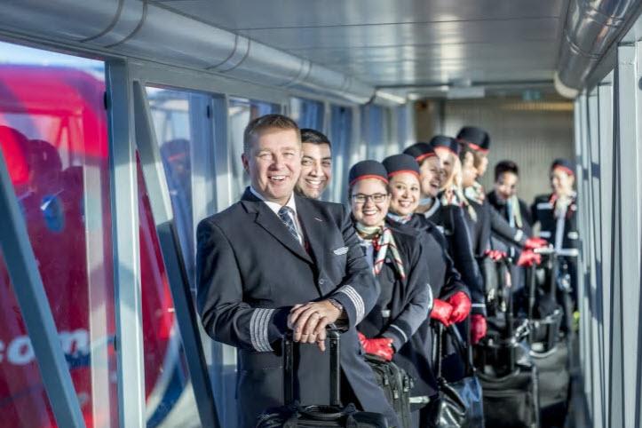 Norwegian Dreamliner crew
