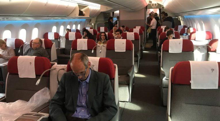 LATAM Business Class Boeing 787-9