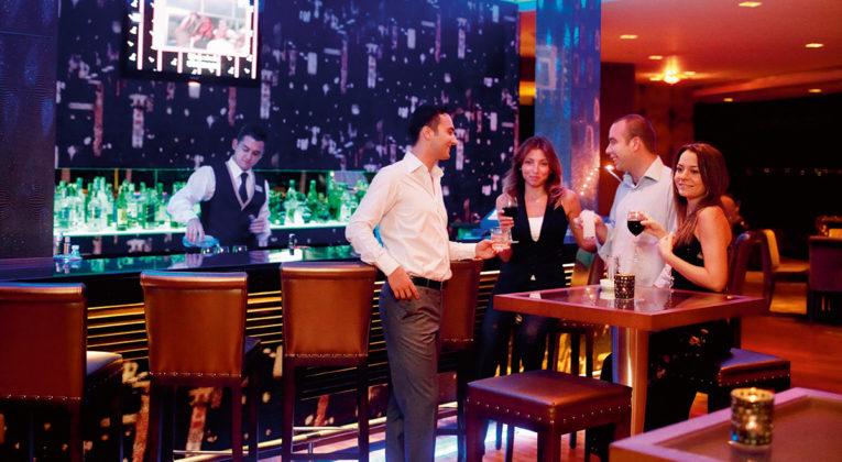 Mövenpick Hotels and Resorts bar