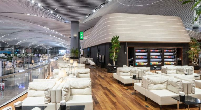 Turkish Airlines Miles& Smiles lounge