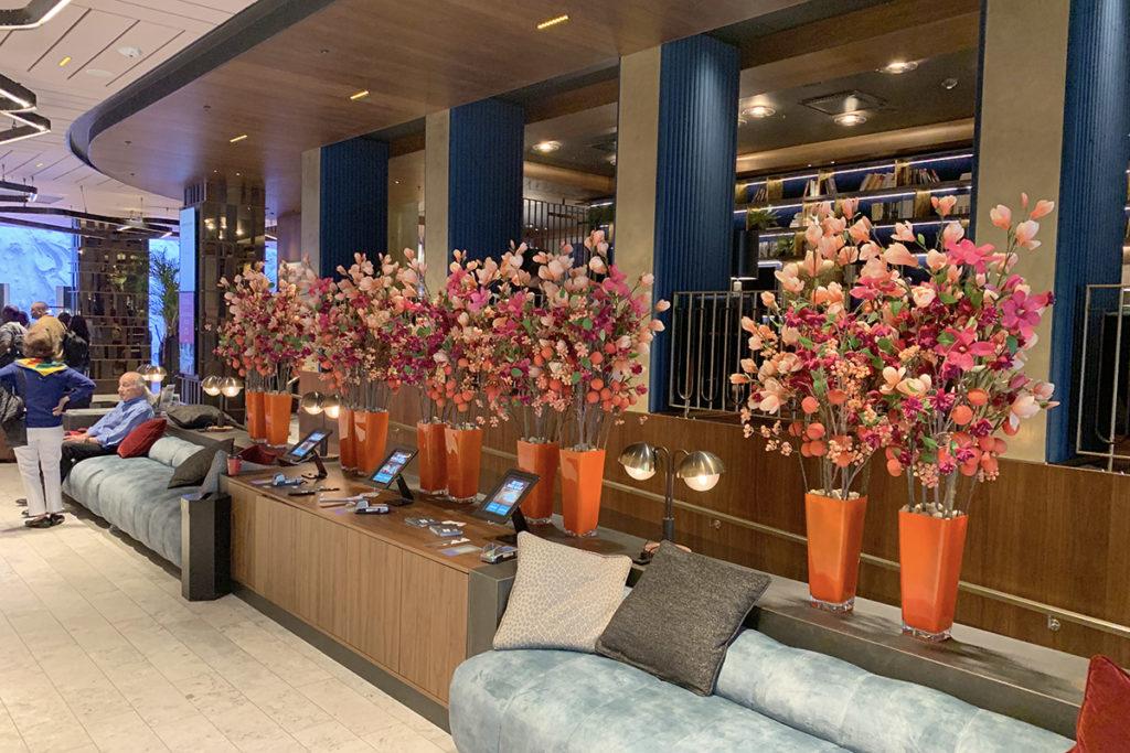 Clarion The Hub lobby