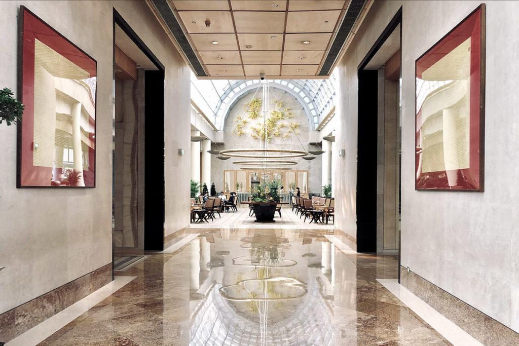 The Ritz Carlton Millenia Singapore Lobby