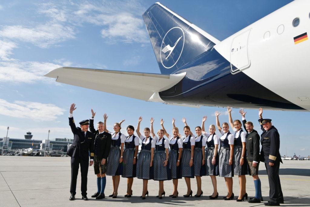 Lufthansa Airbus A380 Oktoberfest-crew