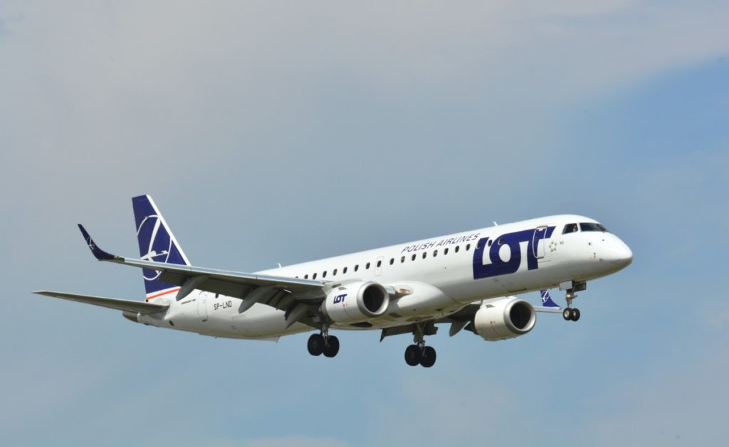 LOT Embraer 195