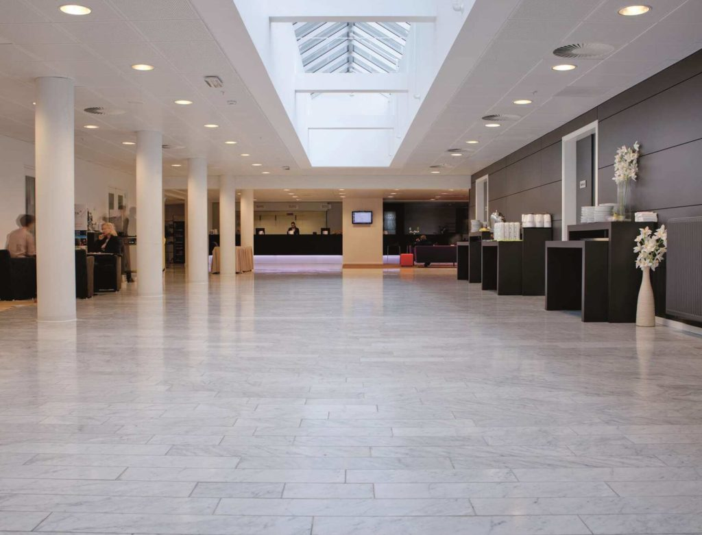 Lobby på Park Inn by Radisson Copenhagen Airport
