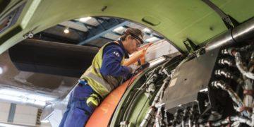SAS finner revner i to Boeing 737-fly