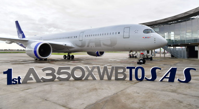 SAS første Airbus A350 XWB ved Airbus Delivery Center i Toulouse