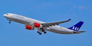 SAS Airbus A330 LN-RKT Bele Viking