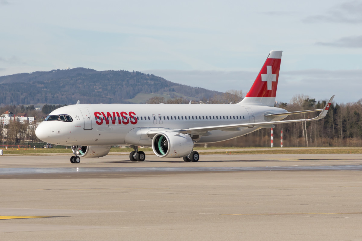 SWISS Airbus A320neo Engelberg HB-JDA
