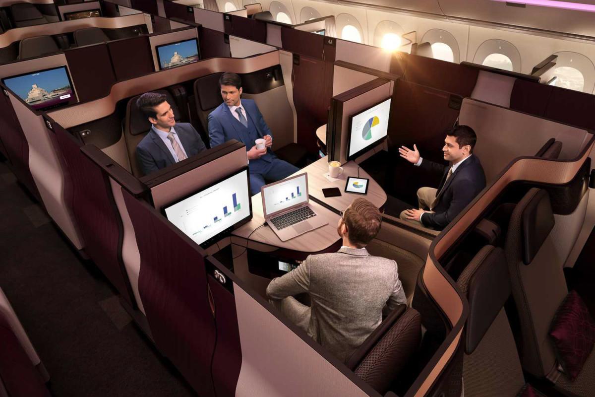 Når flere reiser sammen kan 2 eller 4 Qsuite-«seter» kan slås sammen til en stor suite.