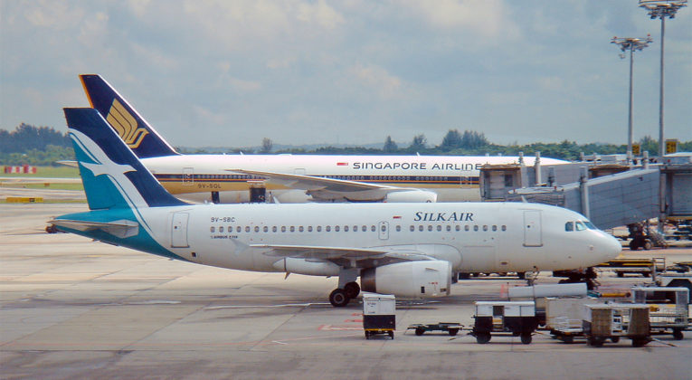 Singapore Airlines Boeing 777 og SilkAir Airbus A319