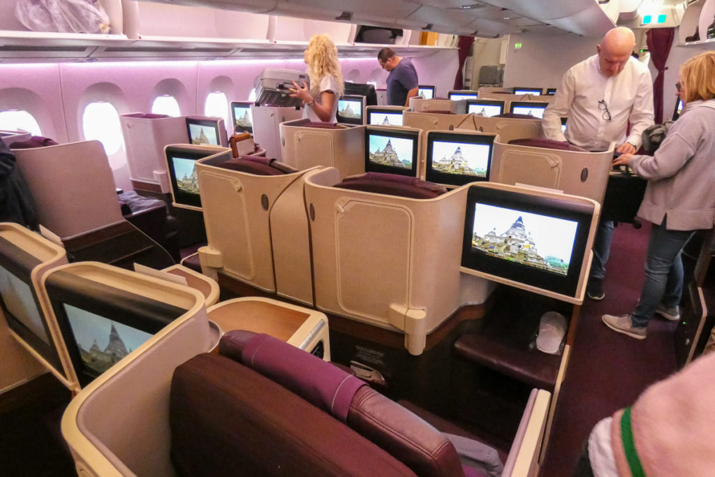 Thai Airways Airbus A350 business class kabin