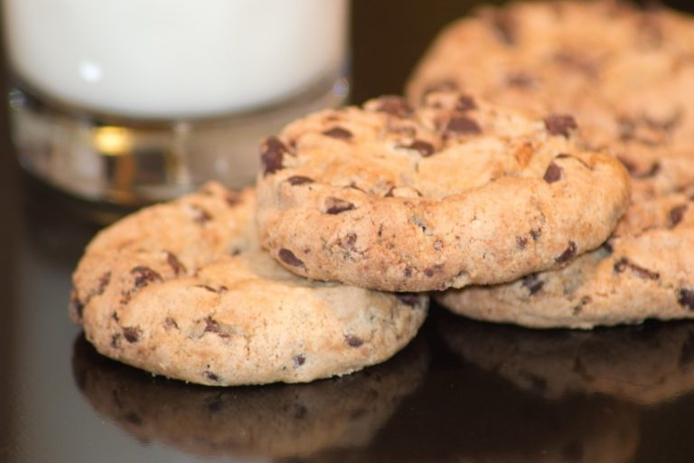 DoubleTree by Hilton Chocolate Chip Cookies