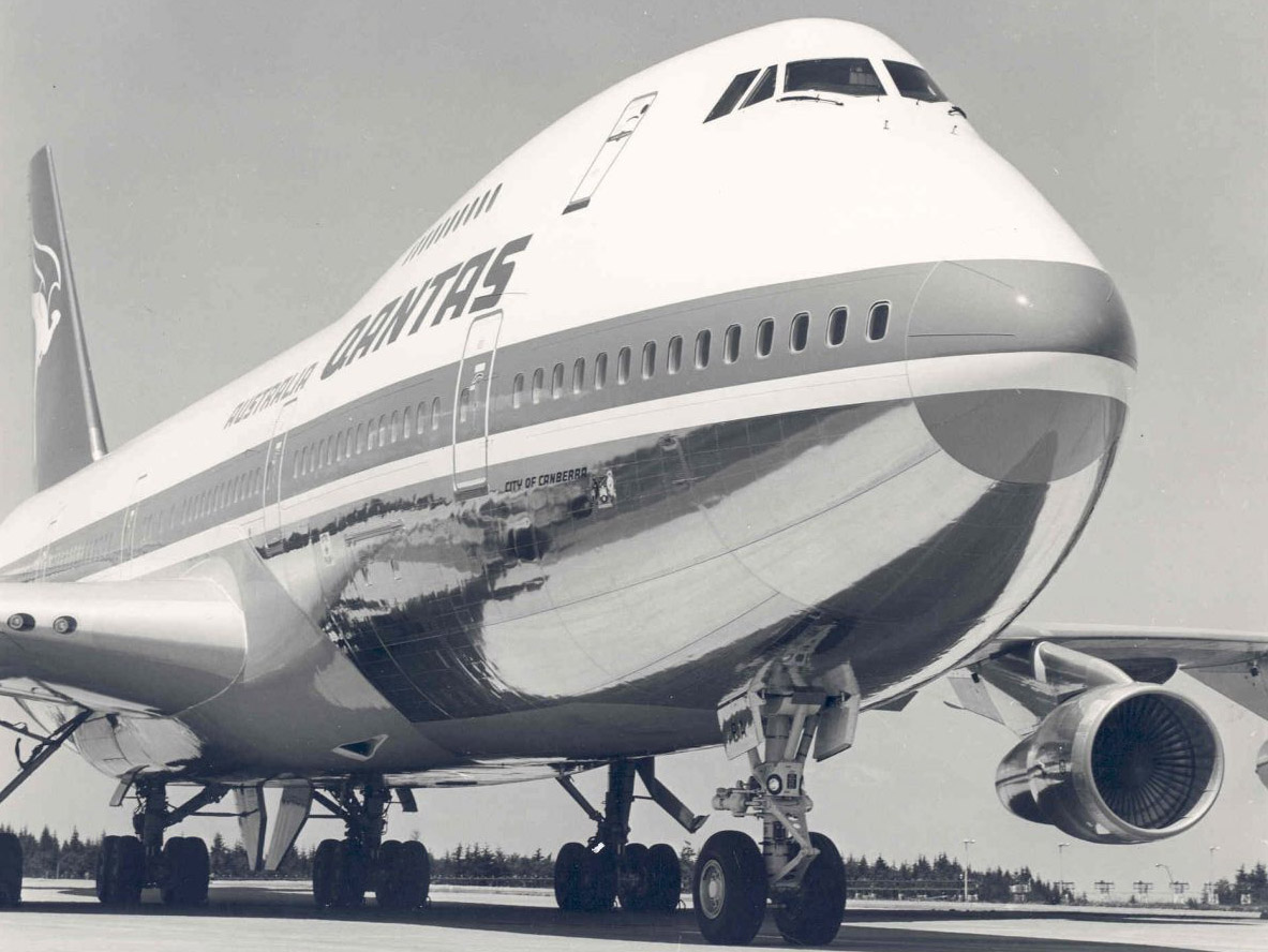 Qantas Boeing 747-200